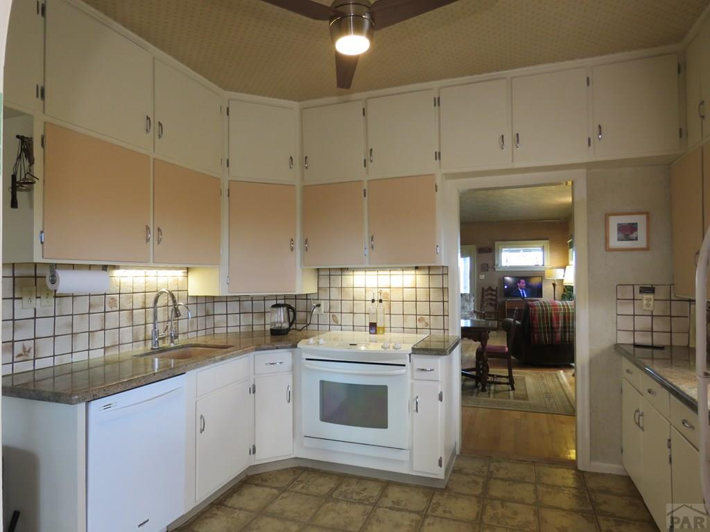 Kitchen for additional photo 2