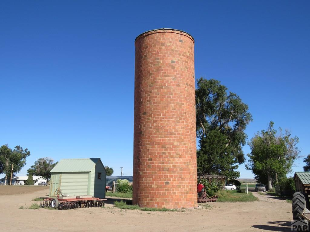 Silo and Domestic Well House for additional photo 44