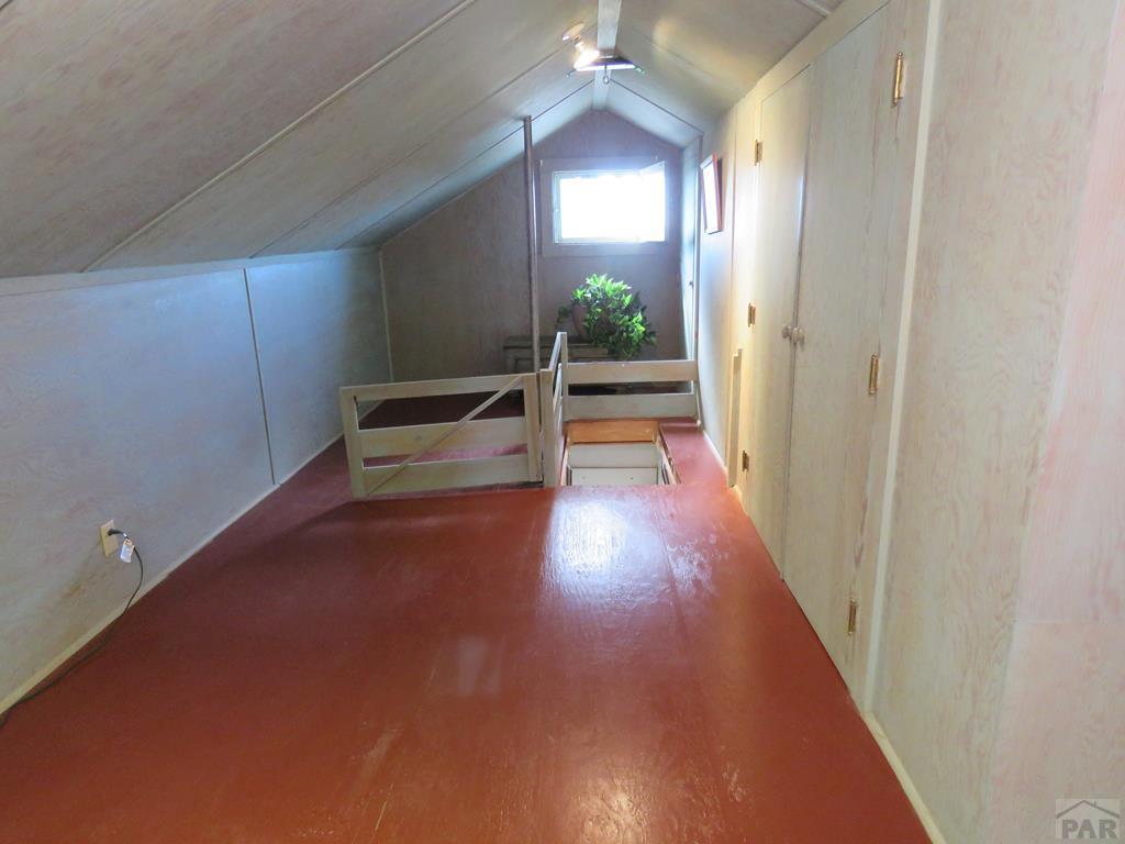 Upstairs Bonus Room for additional photo 21
